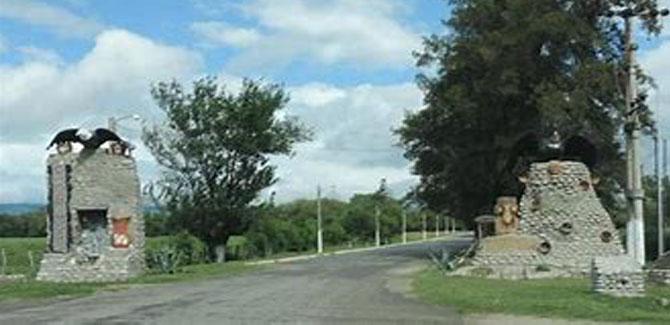 Entrada al valle de Choromoro