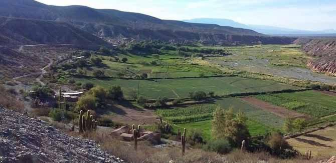 Hartazgo en los valles por el nuevo clientelismo